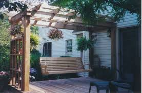 Arbors And Trellises The Difference Between Pergolas Trellises And Arbors