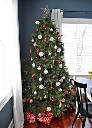 and silver sparkle tree decorating ideas