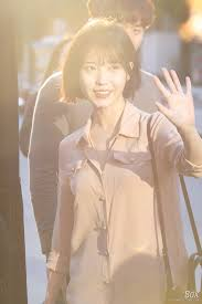 it happened iu has chopped off all her long hair u2014 koreaboo