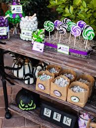 Halloween Block Party Ideas by Halloween Trick Or Treat Candy Station Hgtv