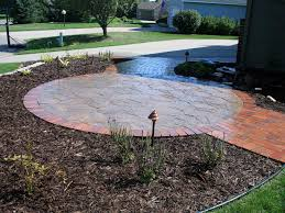 garden spacious backyard idea featuring natural stone circular