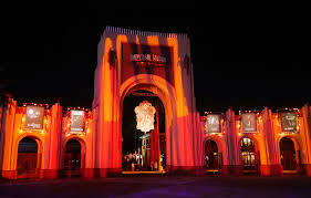 how scary is universal studios halloween horror nights halloween horror nights universal orlando sometime traveller