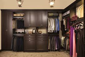 ultimatewalkinclosets 5 jpg