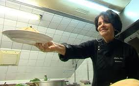 chef cuisine maroc éma hal la cuisine marocaine connaît un franc succès en