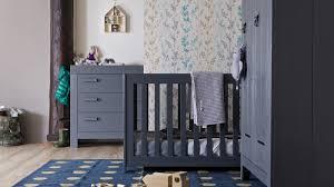 chambre bébé pin massif lit bébé en pin massif brossé gris anthracite collection