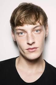 best hairstyle for men best haircuts for men 42 popular looks to try this season