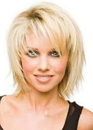 coupe de cheveux court femme 40 ans coiffure cheveux mi longs david tendances automne hiver