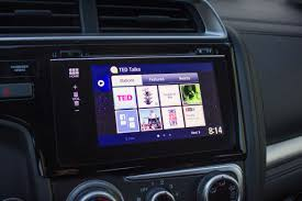 2015 honda fit apps remind us why apple carplay android auto rock