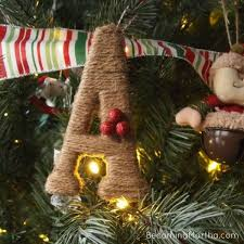 8 tree ornaments you can make in an hour