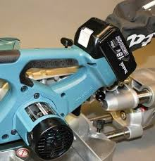 tools up close makita lxsl01 cordless miter saw tools of the