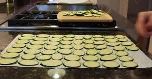 courgettes cuisin s des courgettes cuisinées de la sorte un amuse bouche vous ne
