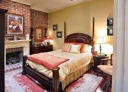 Bedroom With Bed In Middle Of Room Vacation Rentals Savannah Ga Savannah Com
