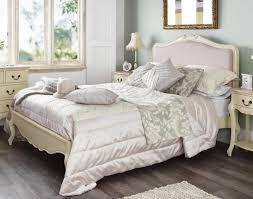 chambre à coucher style baroque choisir une tête de lit en tissu avantages et conseils tête de