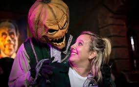 halloween horror nights florida 2016 universal orlando close up halloween horror nights u0027 scareactor