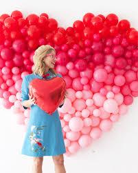 oversize balloons ombre heart balloon backdrop