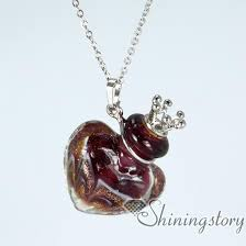 jewelry that holds ashes urn necklace heart keepsake jewellery for ashes necklaces urns
