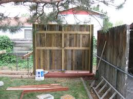 pallet fence pictures diyers2 pinterest pallet fence