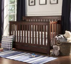 Toddler Bedding For Convertible Cribs by Davinci Piedmont 4 In 1 Convertible Crib With Toddler Rail