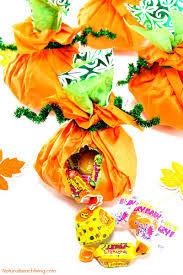 how to make easy tissue paper halloween treat bags kids love