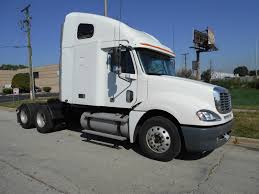 2007 freightliner m2 28 u0027 box truck cat c7 6 speed aluminum lift