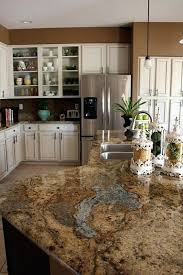 picking kitchen cabinet colors picking kitchen cabinet colors choosing granite colors for cherry