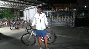 reflective cycling jacket insanely reflective cycling jacket youtube