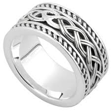 celtic rings and celtic rings in gold and silver