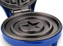 amazon com marvel mva 278 captain america waffle maker blue