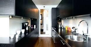 cuisine longueur la cuisine couloir implantation dune cuisine tout en longueur la