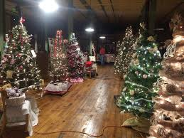 Old Fashioned Christmas Ornaments Depot District The Old Fashioned Christmas Festival Starts Today