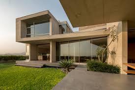 house on the hillside benavides u0026 watmough arquitectos archdaily