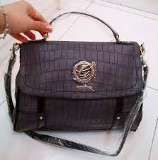 Tas Guess Collection Original guess collection october 12 tas guess 100 original new