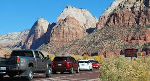 national park shuttle service running again due to traffic problems