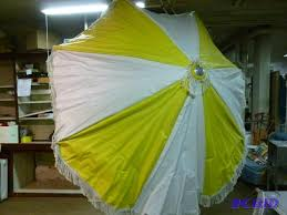 Vinyl Patio Umbrella Large Vintage Vinyl Top Patio Umbrella That M Manannah 119
