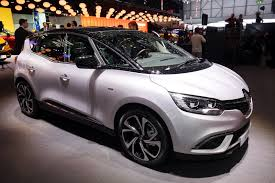 renault scenic 2017 interior new renault scenic blurs the styling line between minivans and