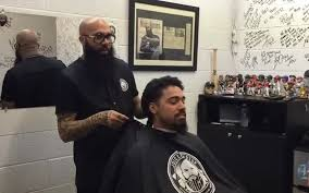 miami marlins official barber hugo u0027juice u0027 tandron becomes