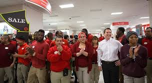 friday black target target shoppers nationwide score doorbusters as black friday gets