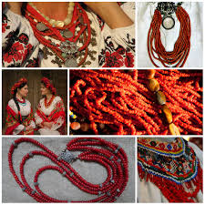 large red beads necklace images Ukrainian neck ornaments history and symbols euromaidan jpg