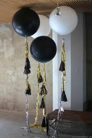 black white and gold balloons decorations u2013 spotted on pinterest