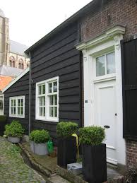 beautiful black houses a1z4935 iranews color buzz paint blog house