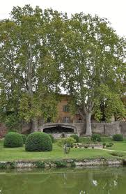 beautiful garden movie our house in provence russell crowe at château la canorgue