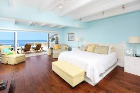 Bedrooms With Blue Walls Light Blue Wall Color Houzz