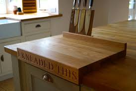 oak chopping board with lipped edge makemesomethingspecial