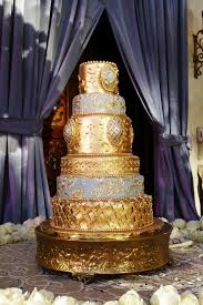golden wedding cakes cakes desserts photos opulent golden wedding cake inside
