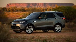 old land rover discovery 2018 land rover discovery gets new standard equipment se diesel