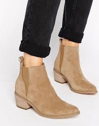 ugg boots sale asos best 25 suede chelsea boots ideas on mens chelsea