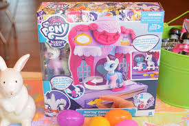 my pony easter basket giveaway my pony rarity fashion runway playset