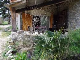chambre hote vallon pont d arc farm stay hôte jardins prasserat vallon pont d'arc