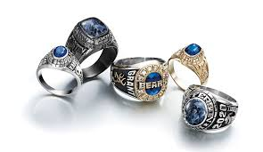 high school class jewelry the achiever collection jostens class jewelry