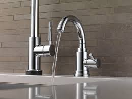 brizo solna kitchen faucet single handle single pull kitchen faucet with smarttouch